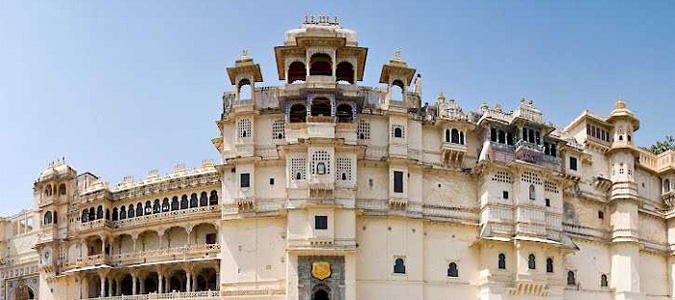 New Delhi to Udaipur Car Rental Services - Best Deal